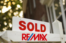 remax sold sign 3
