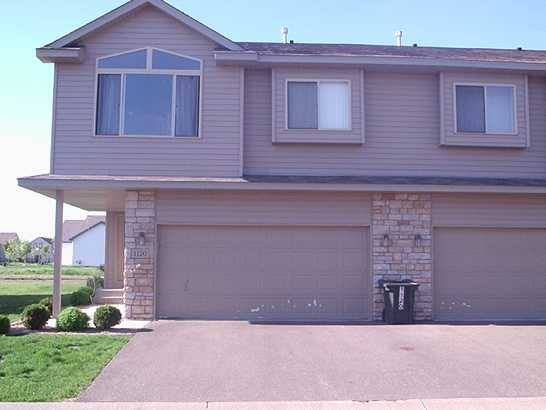 Excellent Farmington MN Townhome