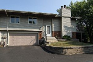 Front of Shoreview townhome for sale