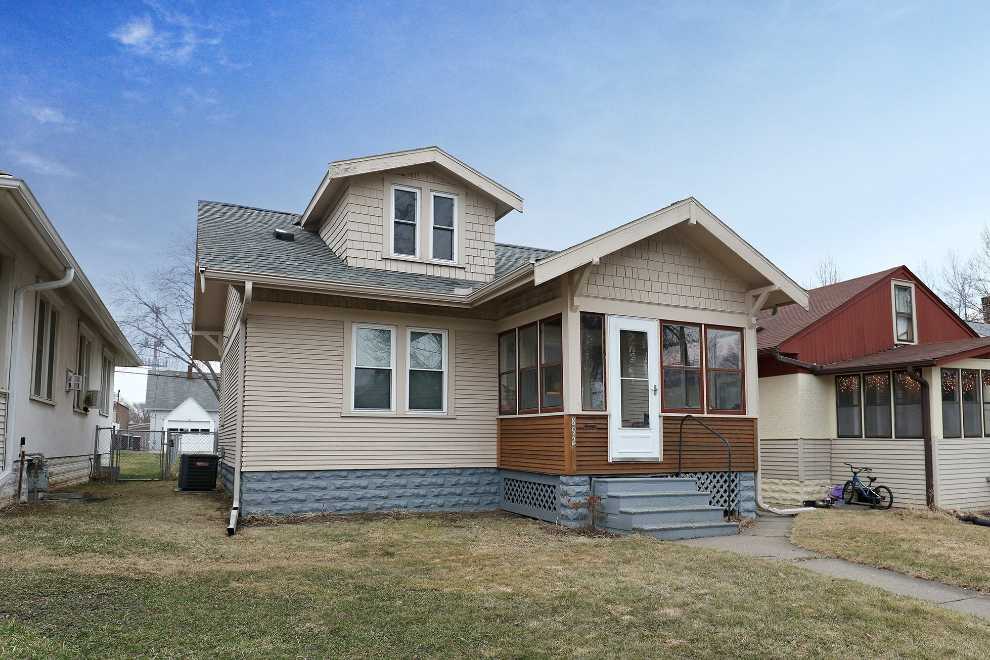 Charming West St Paul Home for Sale