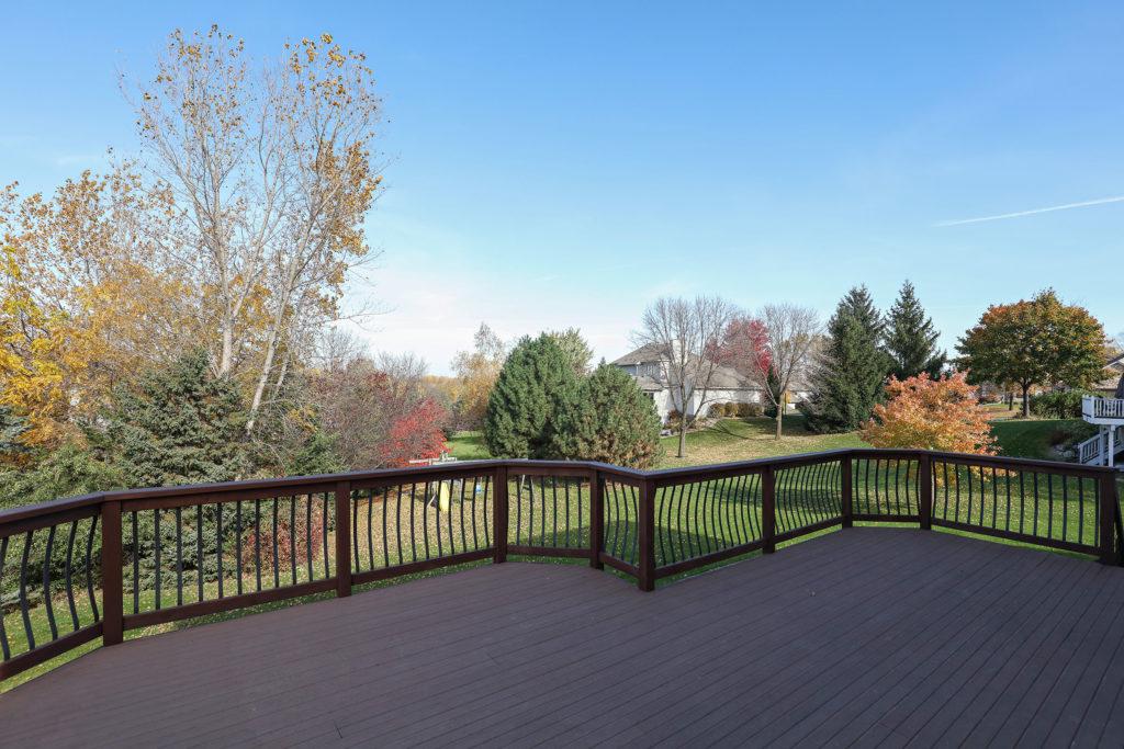 Lakeville Deck Home