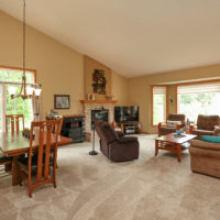 12804 Falcon Drive, Apple Valley (22) - Copy