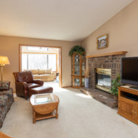 13129 Gemstone Ct, Apple Valley, MN 55124 (17)