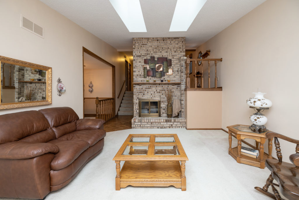 spacious Burnsville townhome